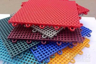 悬浮拼装地板安装 青岛幼儿园悬浮地板批发 青岛青洋塑胶铺装有限公司