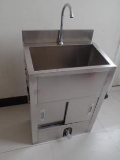 双人位洗手池-医用304不锈钢感应洗手池供应-高港区盛华科教器材厂