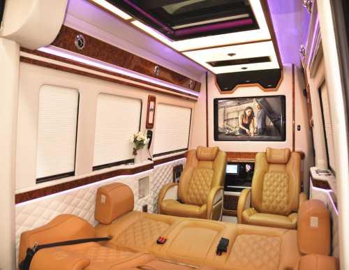 9座高端房车-9座高端房车销售-广州市宏威宇星汽车有限公司