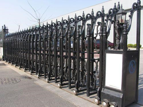 我们引荐重庆电动门供给商重磅优惠来袭 优质挪动双开感到门厂家 伸缩门
