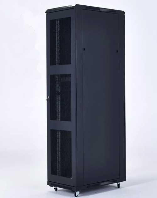 陕西网络机柜加工 新款监控杆 陕西联电通信科技有限公司