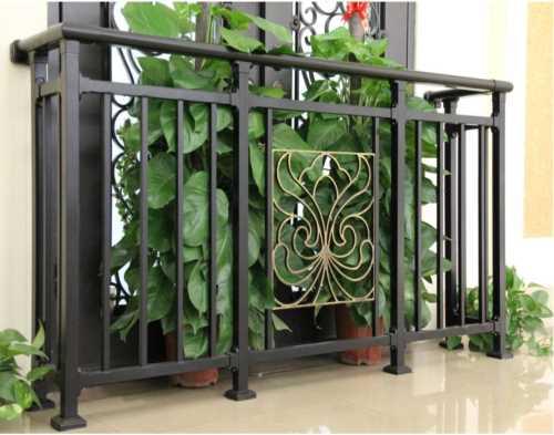 楼梯组装栏杆-农村庭院花园门厂家-鸿图铁艺