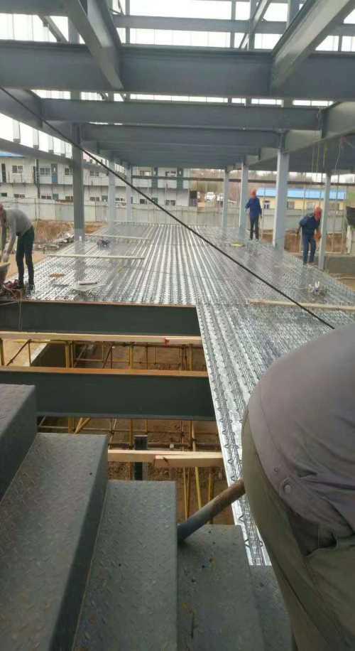 北京桁架楼承板价格_楼承板多少钱一米_北京超时代彩钢有限公司