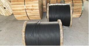 国内光缆厂家/光纤与光缆的区别/长飞光纤光缆合格证