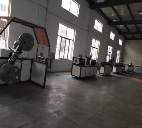 边缝式滴灌带设备-单翼迷宫式滴灌带生产线价格-莱芜市龙越塑料机械有限公司