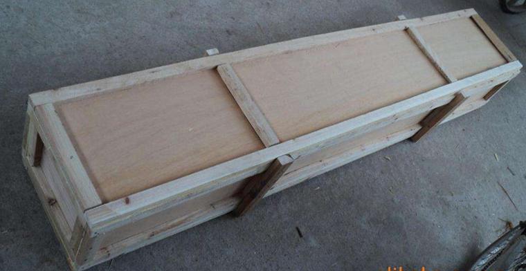 免熏蒸夹板包装厂家-专用包装材料-昆明铨创商贸有限公司