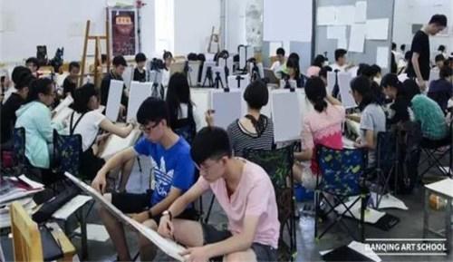 學習美術繪畫_西安鐵路學校有那些_西安八一中等職業學校
