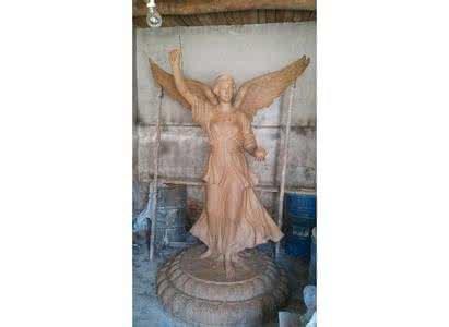 本地透明树脂亮灯玻璃钢雕塑订购_景观玻璃钢雕塑摆件_大安区兴利玻璃钢制品厂
