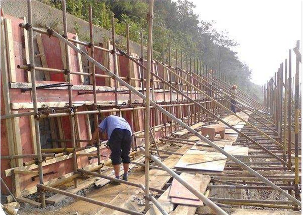 帷幕灌漿加固公司-專業加固改造設計哪家好-貴州中黔志遠建筑項目管理有限公司