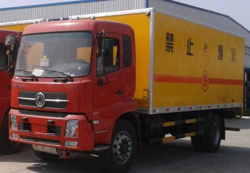 南京依维柯双排炸药运输车-双排炸药运输车厂家-东风天锦炸药运输车