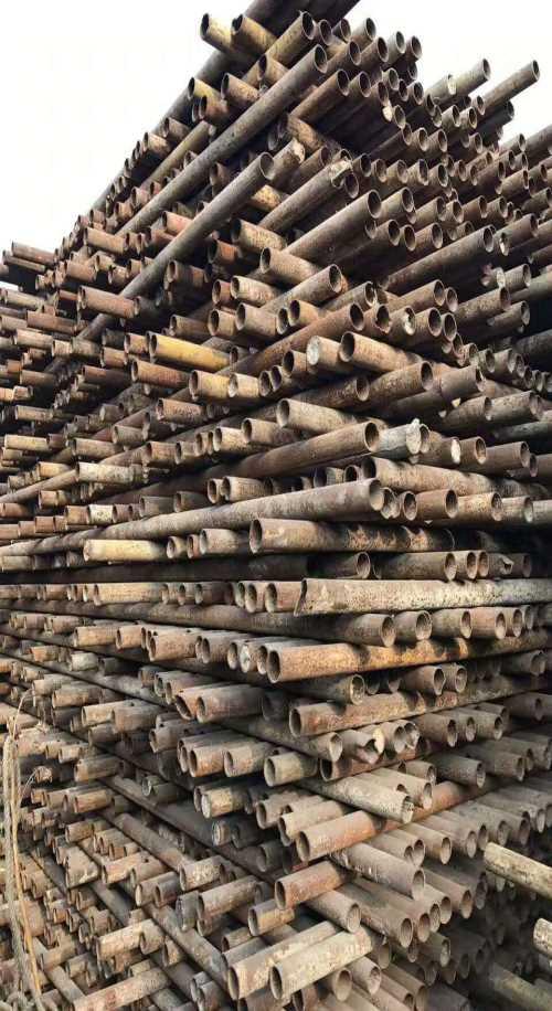 成都建筑钢管租赁-建筑用顶托租赁价格-成都成德建筑设备租赁有限公司