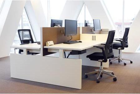 真皮办公家具采购 办公大班台哪个牌子好 重庆东安家具有限公司