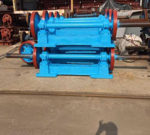 销售成型离心机价格便宜 水泥制管深井管模具批发 枣强县建材机械有限公司