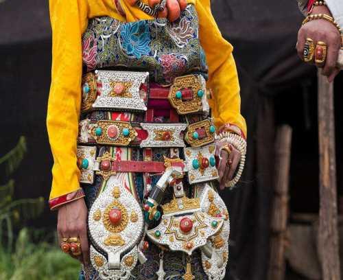 特色藏族服饰专卖店 特色藏族服饰 西藏意满实业有限公司