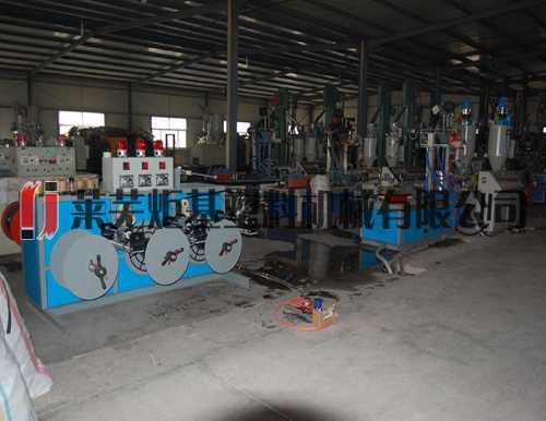 单翼迷宫式滴灌带设备 广西喷灌生产线 莱芜炬基塑料机械有限公司