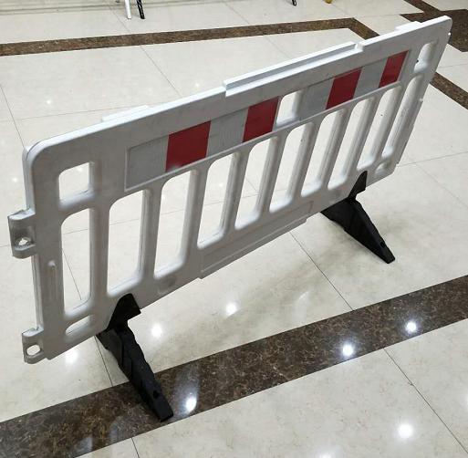 武威交通护栏报价/张掖路面材料厂家/甘肃路宝材料科技有限公司