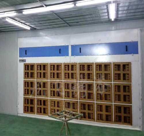 干式喷漆柜价钱_环保家具喷漆房厂家_济南龙飞烤漆设置装备摆设无限公司
