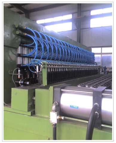 全自动网焊机 河北1200法兰盘对焊机生产商 衡水市焊接设备有限公司
