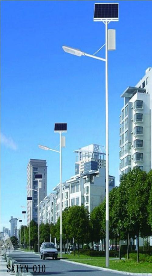 高杆灯/甘肃太阳能路灯配件型号/陕西散花电气照明工程有限公司