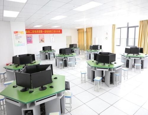 职业学校专业技术培训地址 龙岗二职报名时间 深圳市龙岗区第二职业技术学校