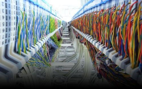 兰州数据中心机房建设布线/兰州智能系统集成价格/兰州领新网络信息科技有限公司