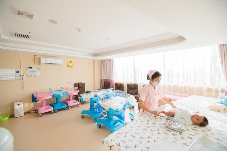 佛山南海月子护理哪个店好/了解一下宝恩月子中心口碑如何/广州慈恩健康咨询服务有限公司