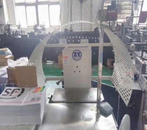 小型草绳机厂家/纸盒捆扎机厂家/东莞市厚街富宾奇包装器材商行